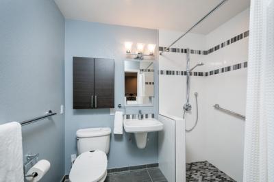 Fremont Accessible Bath