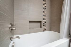 Blackfoot Guest Bath_5