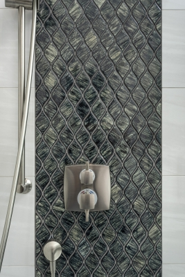 Estrella Guest Bath