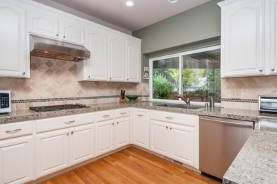 Pickering Kitchen & Family Room
